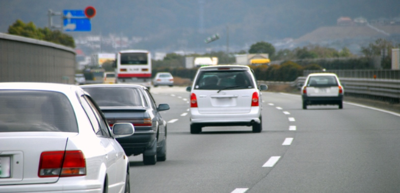 軽自動車でも高速道路を安全に走りたい!安全に走るコツなどまとめのサムネイル画像