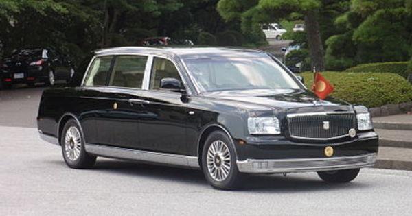 【御料車】天皇陛下がお乗りになられる車がすごかった!!のサムネイル画像