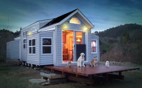 こんな宿泊も面白い?! 一度は憧れるトレーラーハウスの宿泊のサムネイル画像