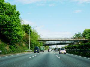 軽自動車でも高速道路を安全に走りたい!安全に走るコツなどまとめの画像